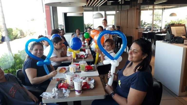 Tarde no McDonald's de Salto